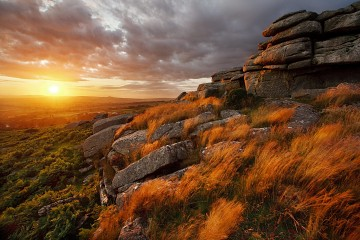 Dartmoor sunset on Pew Tor