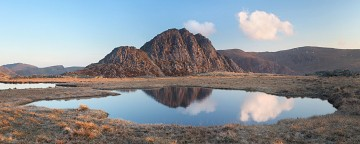 reflections of tryfan in a pool